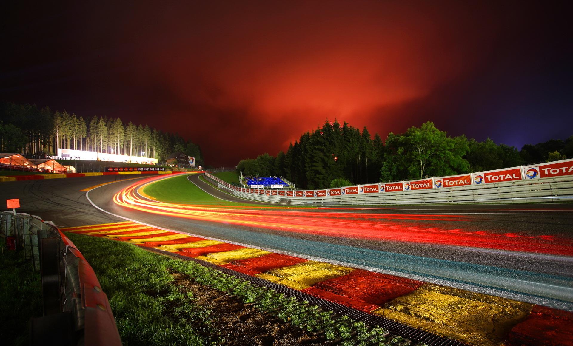 Spa Grand Prix >> In The Simulator For A Lap In Spa Francorshamps